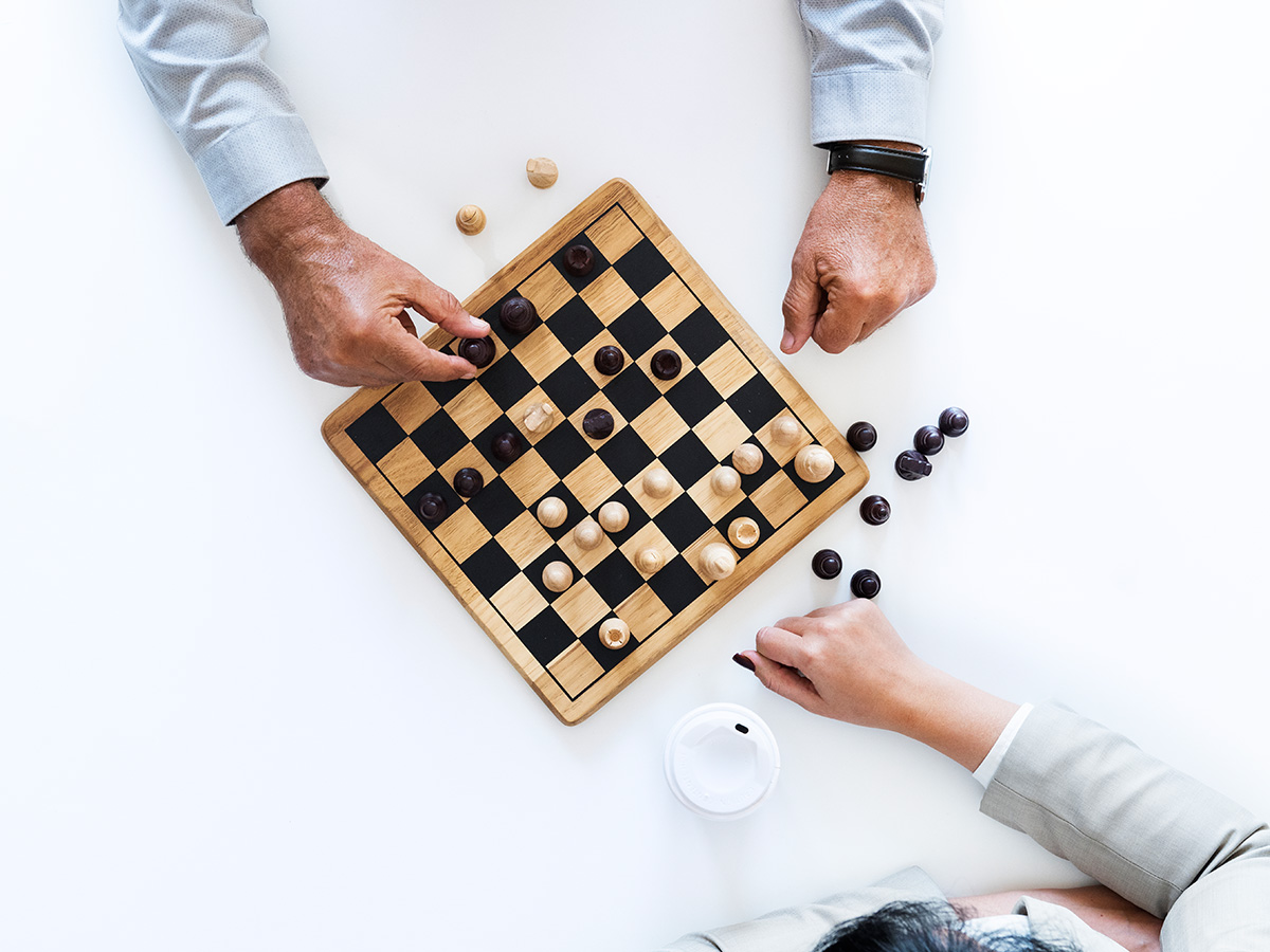 How to start playing chess? The ultimate beginner's guide to chess.