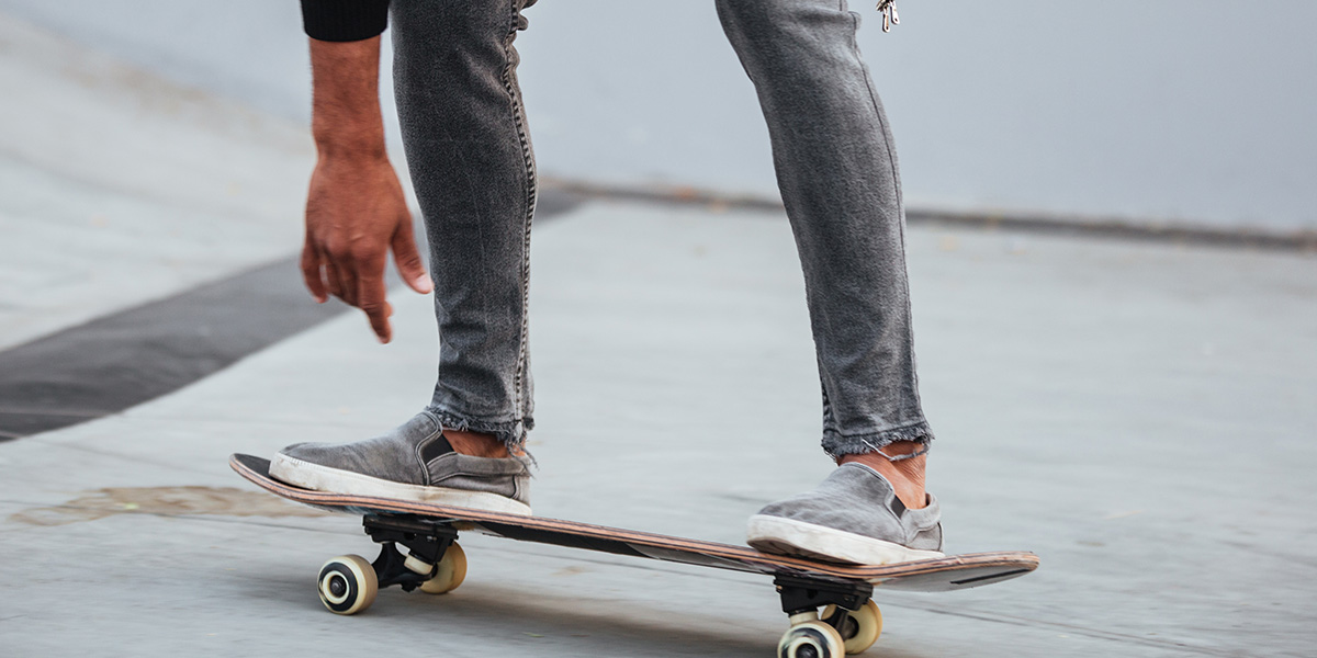 Choosing the right shoes for skateboard.