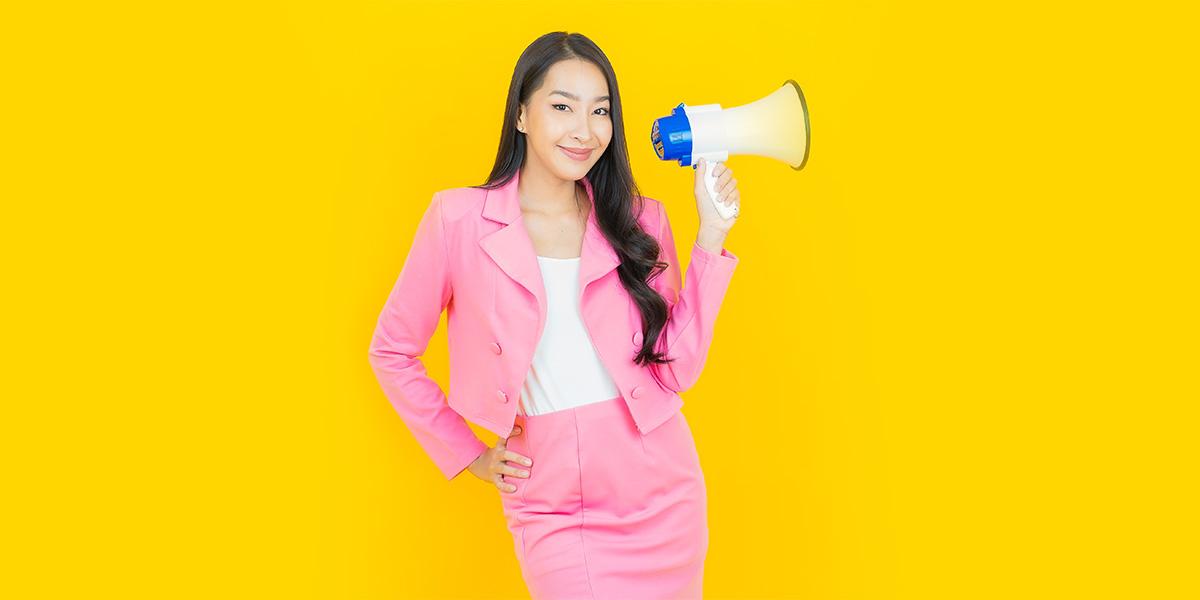 How to be more feminine - speak with confidence
